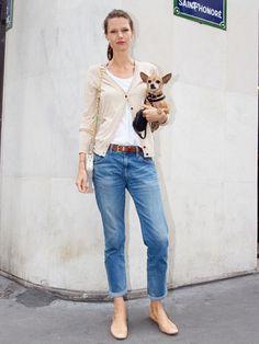 こちらはファッションスナップコーナーの「パリジェンヌのお散歩ファッションはシックなデニムスタイル」 です。みんなの着こなし・コーディネートが満載!