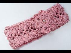Crochet head ribbon for girl very easy Bandeau Crochet, Crochet Headband Free, Crochet Baby Beanie, Crochet Coat, Crochet Lace, Doilies Crochet, Easy Crochet, Mode Crochet, Crochet Girls