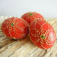 Beaded Ornaments, Stuff To Do, Christmas Bulbs, Wire, Eggs, Fancy, Holiday Decor, How To Make, Glass