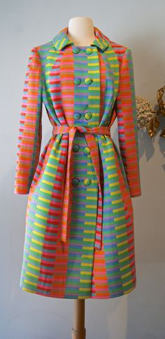 Vintage Dresses Vintage Rainbow Coat Ladies Wool Coat by xtabayvintage - Vintage Outfits, 1960s Outfits, 60s And 70s Fashion, Retro Fashion, Vintage Fashion, Vintage Dresses 1960s, Vestidos Vintage, Vintage Clothing, Vintage Mode