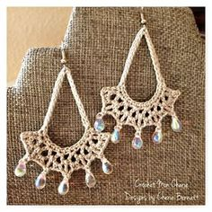 tanyas-teardrop-earrings...free pattern for these and matching necklace!