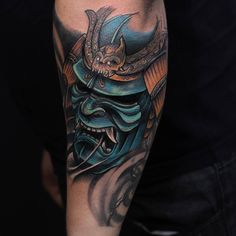 Samurai mask pro Baldin, valeu broo, falta pouco pra fechar esse bracito #tattoo #samurai #oriental