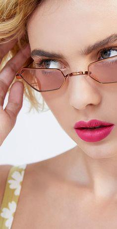 520a011744a5 Carytown Sunglasses by Etina Barcelona Resort 2019 Round Glass, Eyewear,  Barcelona, Glasses,