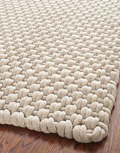 Wool Yarn, Wool Rug, Tapete Beige, Beige Rugs, Tapetes Diy, Crochet Rug Patterns, Crochet Rugs, Knitted Rug, Boutique Deco