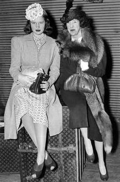 Anderson Cooper's mother, Gloria Vanderbilt with her Aunt Gertrude and their Louis Vuitton luggage, 1940.
