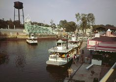 Around under the direction of G. Boeckling , the Detroit Dredging Company drained the marshy areas of the Cedar Point peninsul. Cleveland Scene, Cleveland Rocks, Cleveland Ohio, Cedar Point Ohio, Marblehead Ohio, Cool Places To Visit, Places To Go, Sandusky Ohio, Carnival Rides