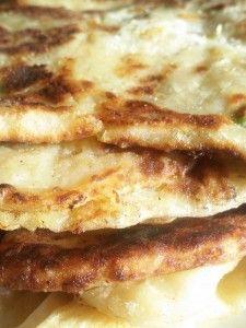 פאראטה. פיתה הודית ממולאת בפירה מתובל