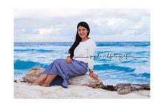 Portrait Photographer. Beach Photo Shootings. Riviera Maya. Cancún. Playa del Carmen. Tulum.