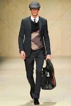 Perfect daytime look - Burberry Fall 2012