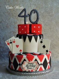 Fun poker themed cake for a birthday celebration. Cards, chips and are gumpaste. Dice are rice krispy treats iced in chocolate ganache and covered in fondant. Fète Casino, Casino Cakes, Casino Royale, Vegas Party, Casino Night Party, Casino Theme Parties, Las Vegas Cake, Parties Kids, 40th Birthday