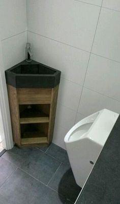 Bekijk de foto van jrom met als titel WC fonteintje met hoekmeubel. Voor meer informatie, ga naar steigerhout.nu & facebook.  en andere inspirerende plaatjes op Welke.nl.