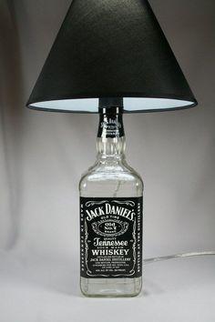Riciclare bottiglie di Jack Daniels e creare un oggetto Unico! 20 idee… Lasciatevi ispirare!