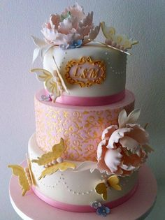 Wedding anniversary cake in pink and gold - Cake by Bella's Bakery