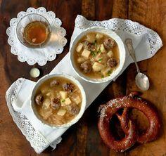 Oktoberfest in einem Topf: die Essenz des Bier Monat + Oktoberfest-Suppe
