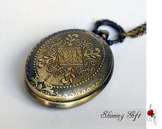 Vintage style Ellipse Shape Curved flower pocket by Shininggift, $3.99