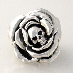 Skull n Rose Ring handmade by Sparrow & Co Jewellery NZ
