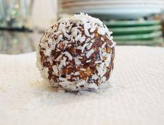 Raw vegan dessert balls!