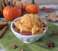 Pumpkin Pie Ice Cream #AlmondsandAvocados