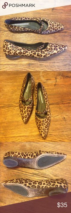 Donald J Pilner leopard print flats size 9 Donald J Pilner leopard print flats size 9, leather lined, defect on toe of left shoe, hardly noticeable when worn, otherwise great condition Donald J. Pliner Shoes