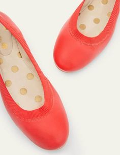 Boden Uk, British Style, Slip On Shoes, Color Pop, Shoe Boots, Footwear, Pumps, My Style, Stylish