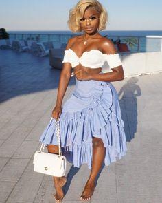 "13.8k Likes, 181 Comments - Lulu Simmons (@misslulusimmons) on Instagram: ""Salute per cento amni"" Lace Skirt, Skirts, Resort Style, Summer Styles, Fashion, Moda, Fasion, Skirt, Summer Looks"