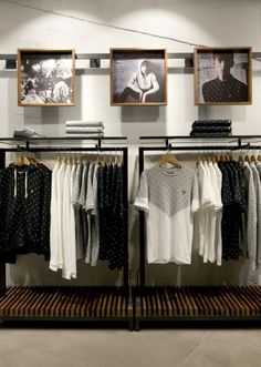 Visual merchandising are often regarded as a mixture of art and science, so it can be a complex duty. Here are a list of brainchild for Visual Merchandising and Boutique Displays. Clothing Store Interior, Clothing Store Displays, Clothing Store Design, Boutique Interior, Boutique Displays, Mens Clothing Stores, Retail Store Displays, Boutique Clothing, Retail Stores