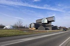 http://www.arcspace.com/architects/herzog_meuron/vitrahaus/vitrahaus_1.jpg