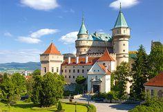 Casinha colorida: E por falar em Eslováquia, me chama para conhecer o Castelo Bojnice