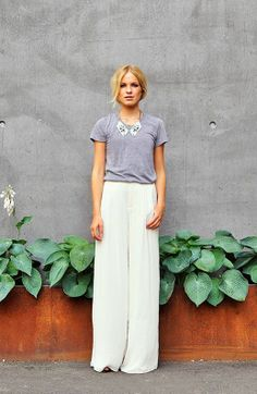 Nothing says effortless chic like pairing a dramatic legged pant with a simple Tee. You look super stylish without the hassle