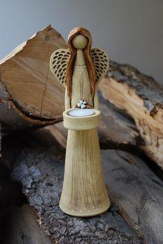 Anděl z keramiky - svícen