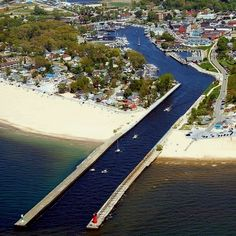 South Haven, michigan This picture makes the Black River look a lot better than it actually looks from up close. Places Around The World, The Places Youll Go, Places To See, Around The Worlds, Michigan Vacations, Michigan Travel, Kalamazoo Michigan, Lake Michigan, South Haven Michigan