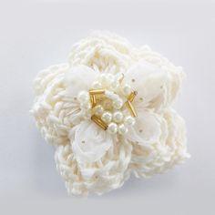 Crochete Flower / Wedding/ Hochzeit / Haarschmuck/ Hairpiece