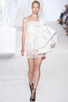 Giambattista Valli Fall 2013 Couture Fashion Show