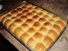 Pão rápido Candy Delivery, Mini Hamburgers, Musaka, Bran Muffins, Best Banana Bread, Hot Dog Buns, Hot Dogs, Food Inspiration, Bread Recipes