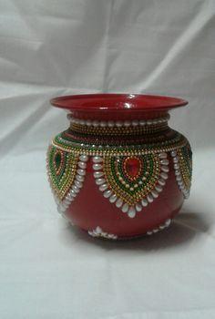Arti Thali Decoration, Kalash Decoration, Thali Decoration Ideas, Diy Diwali Decorations, Handmade Decorations, Diwali Craft, Diwali Diy, Pottery Painting Designs, Pottery Designs