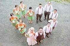 Love the idea of using the wedding party to make the heart.