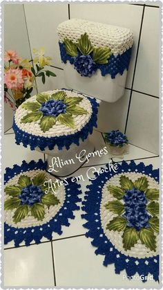 Shades of pink crochet baby dress outfit with crown Crochet Basket Pattern, Crochet Flower Patterns, Crochet Diagram, Crochet Doilies, Christmas Bathroom Decor, Bathroom Crafts, Bathroom Sets, Baby Blanket Crochet, Crochet Baby