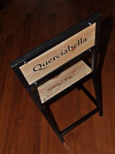 WINE Le originalissime sedie realizzate in ferro + legno recuperato dalle scatole dei vini italiani. Comode, stabili e uniche, sono perfette per stili di arredamento urban e industrial, per pub, ristoranti e vinerie! La colorazione della struttura è personalizzabile. Realizzabili anche nel formato sgabello.