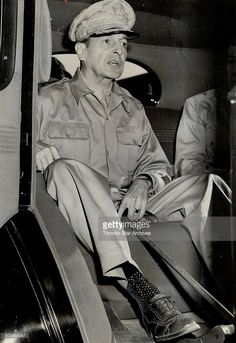 Wearing socks that are certainly not army issue. hero of Bataan; leaves the railroad station by automobile for U. headquarters after his arrival in Melbourne; Australia Travel, Melbourne Australia, Us Army General, Douglas Macarthur, Bataan, Military History, World War Two, Wwii, Philippines