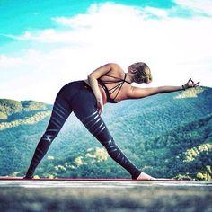 Yoga Pose | Yoga Inspiration | Yogi Goals http://www.yogaweightloss.net/best-yoga-position/