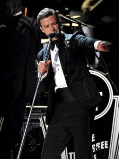 Justin Timberlake's Performance at the 2013 Grammy's