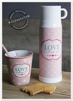 nl happymug love is all you need Serving Utensils, Served Up, Sweet Life, Love Is All, High Tea, Afternoon Tea, Tea Time, Deco, Mugs