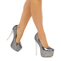 Flash - ShoeDazzle - Metallic platform pumps. Oh yes!