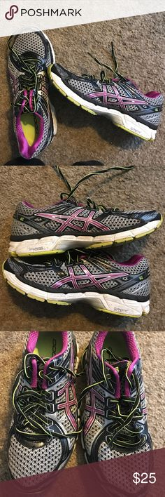 Asics running shoes GT 2000 Great for running not worn in Asics Shoes Sneakers