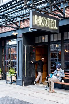 Modern and chic boutique hotel The Ludlow in the Lower East Side, New York http://www.urbanpixxels.com/ludlow-new-york/