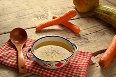 Dr. Oz's 2-Week Rapid Weight-Loss Plan: Vegetable Broth  - I made this and have been drinking it.  It actually tastes pretty good - very comforting.  It does fill you up and curb your appetite