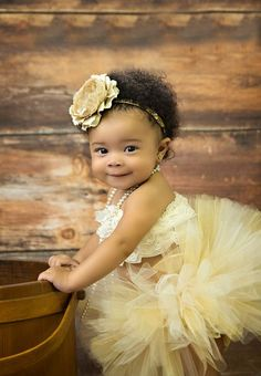 The Cutest flower girl award goes to... :)