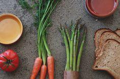 easycottaceramic Ceramic Tableware, Carrots, Vegetables, Food, Place Setting, Essen, Carrot, Vegetable Recipes, Meals