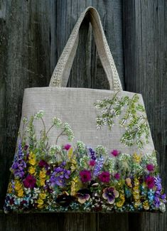 "A beautiful example of mixed embroidery techniques ...♥♥... features crewel, ribbon and beading on this carry-all.""LAVDIA"""