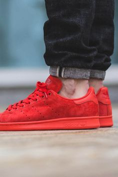 ADIDAS Stan Smith Varsity Red for the trendsetter on Valentine's Day  #uniquegift #guygift